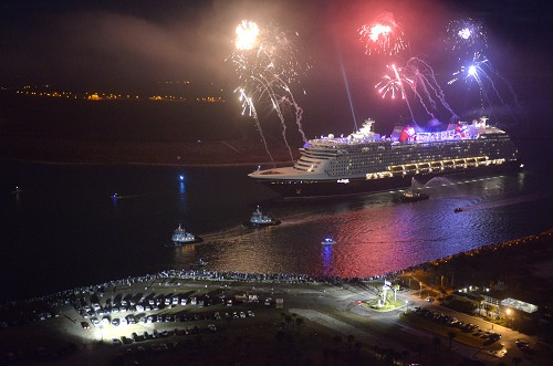 Disney Dream Cruise Ship Arrives In Port Canaveral Divine Lifestyle