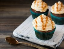Caramel Apple Cupcakes with Cinnamon Cream Cheese Frosting