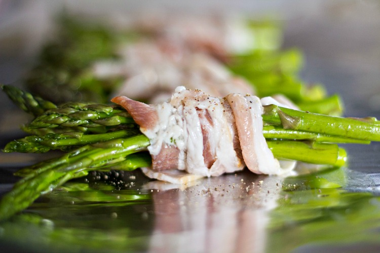Bacon Asparagus Bunches-1