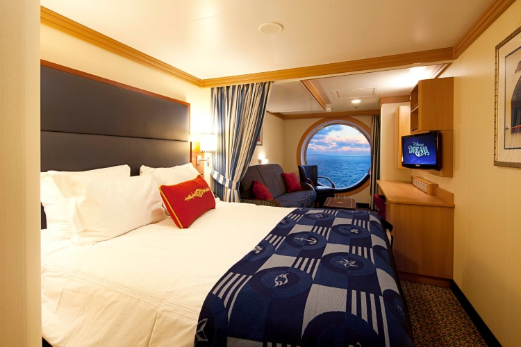 Disney Dream Deluxe Family Oceanview Stateroom