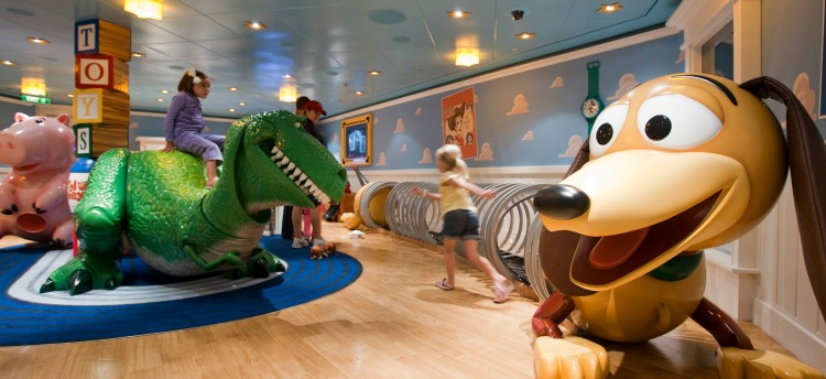 Disney Dream Cruise Ship for Kids Oceaneer Club 2