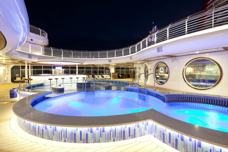 Disney Dream Cruise Ship for Adults Quiet Cove Pool 2