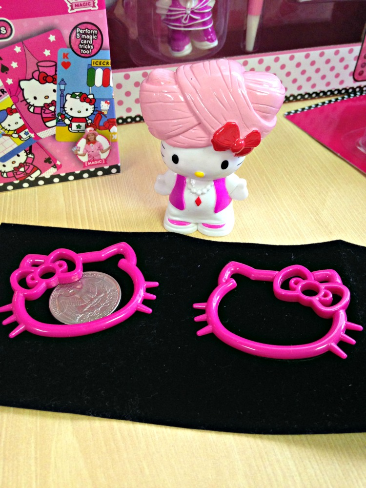 Hello Kitty Magic Tricks 2