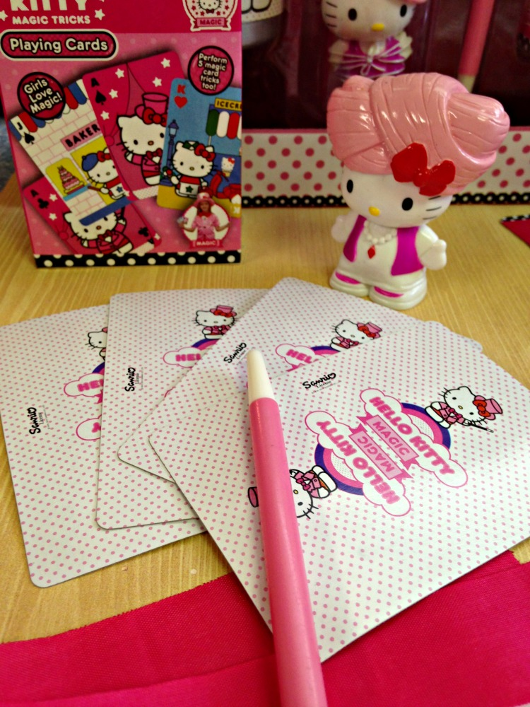 Hello Kitty Magic Tricks 3