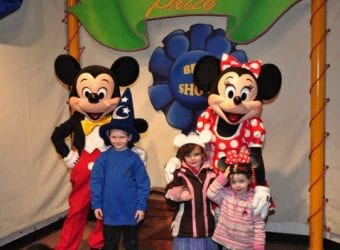 Kids Meeting Mickey and Minnie 3