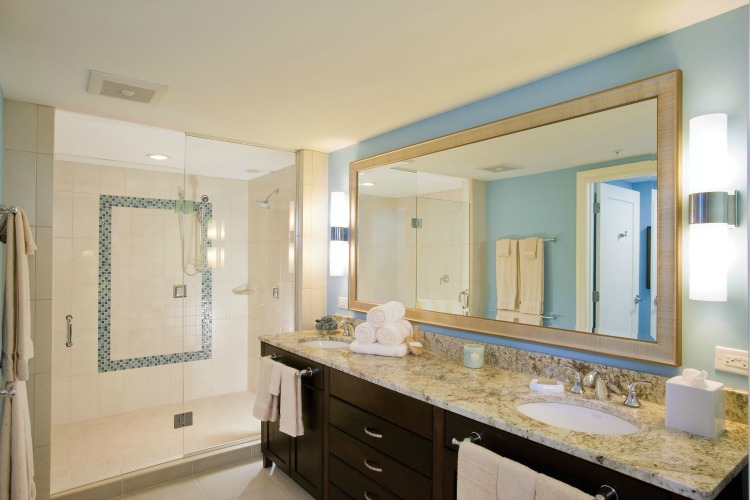 Marriott's Oceana Palms Master Bathroom