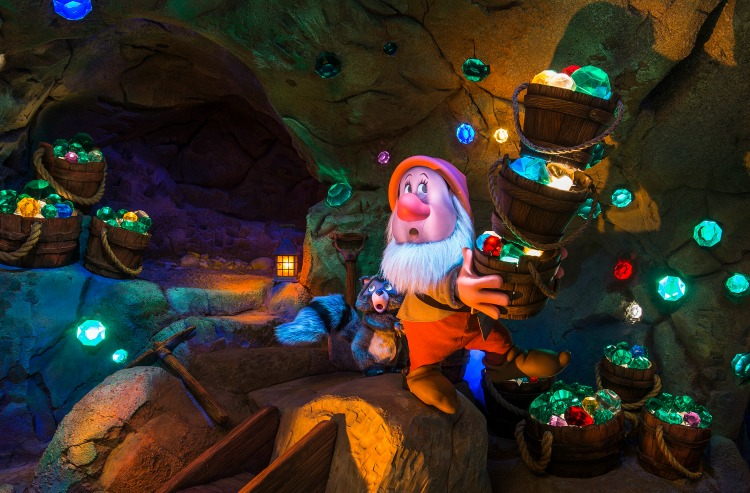 Seven Dwarfs Mine Train 11