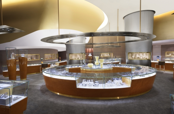 Shopping at the ARIA Hotel in Las Vegas - ARIA Radiance Fine Jewelry