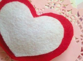 No Sew Valentine's Day Puffy Felt Heart 7