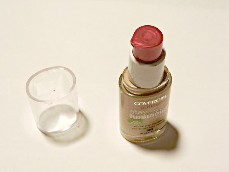 Covergirl Outlast Stay Luminous Natural Glow Foundation Review 2