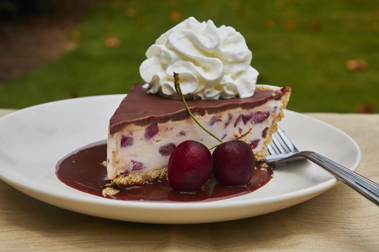 Fresh Cherry & Frozen Custard Pie Recipe with EDY'S® Old Fashioned Vanilla Frozen Custard 7