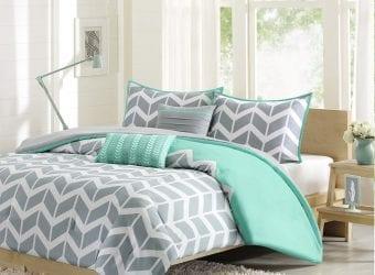 Beautiful Bedding Set on Amazon from Intelligent Design Nadia Comforter