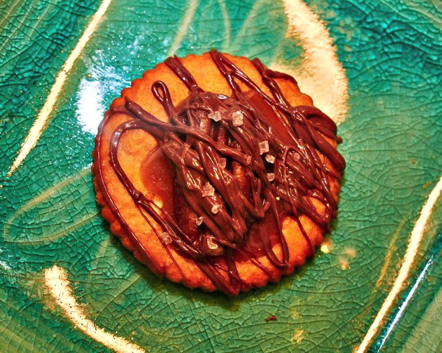Sea Salt Turtle (Caramel & Chocolate) Ritz Crackers