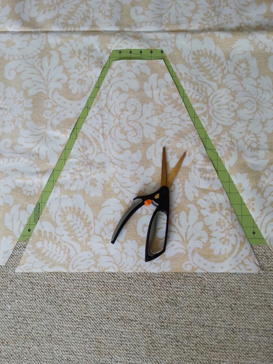 DIY Kids Teepee Tent Tutorial 2