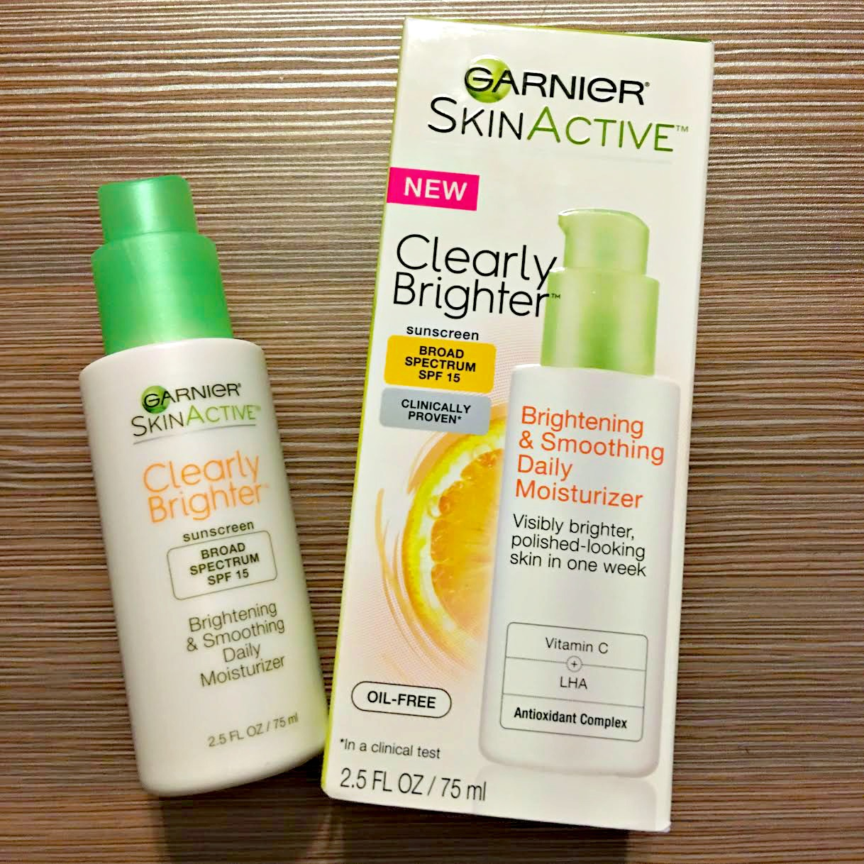Garnier SkinActive Clearly Brighter Brightening and Smoothing Daily Moisturizer Review