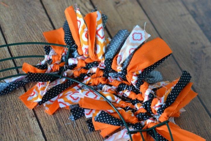 Diy No Sew Halloween Boo Fabric Tie Wreath Divine Lifestyle
