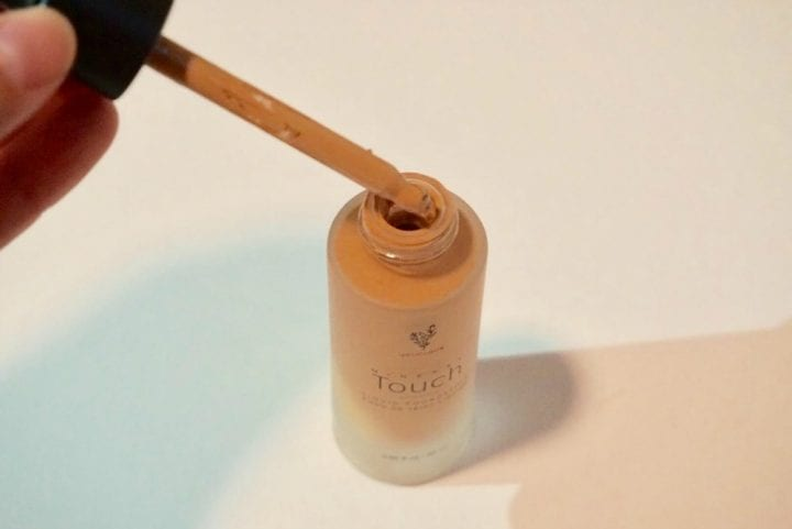 Younique Mineral Touch Liquid Foundation Review