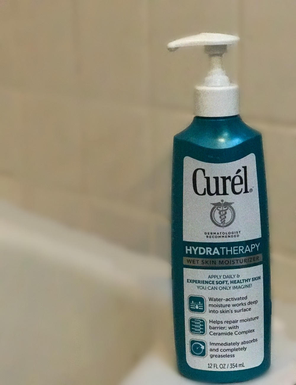 End Dry Skin with daily use of Curel Hydra Therapy Wet Skin Moisturizer