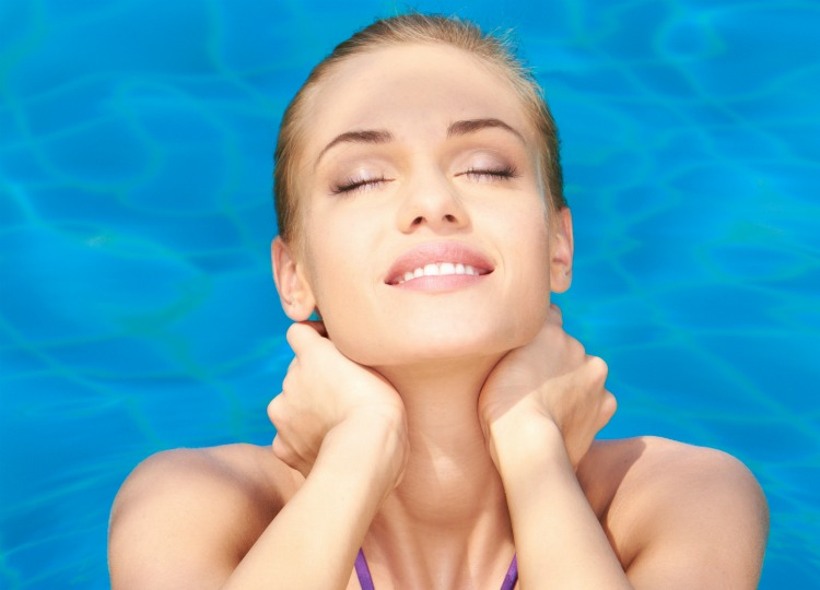 Tips to Prevent Chlorine Damaged Hair