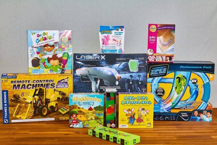 Shop local on Neighborhood Toy Store Day 11.11.17 #NTSD17 #NeighborhoodToyStoreDay