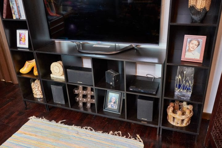 Walmart Mainstays Cube Storage Home Entertainment Center 2