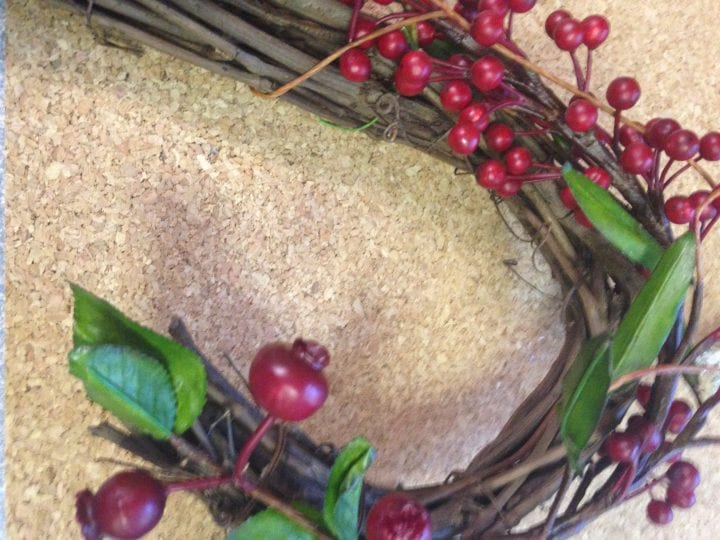 DIY Cranberry Heart Christmas Wreath Frame