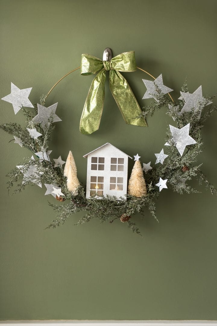 Diy Pottery Barn Inspired Metal Christmas Wreath