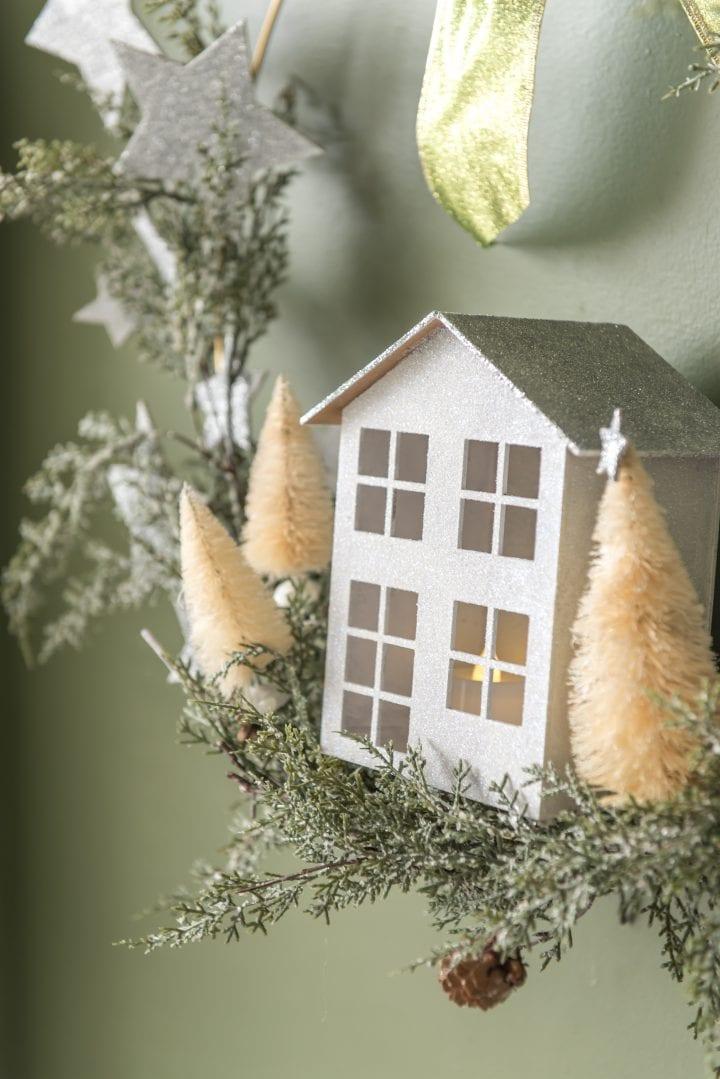 DIY Pottery Barn Inspired Metal Christmas Wreath