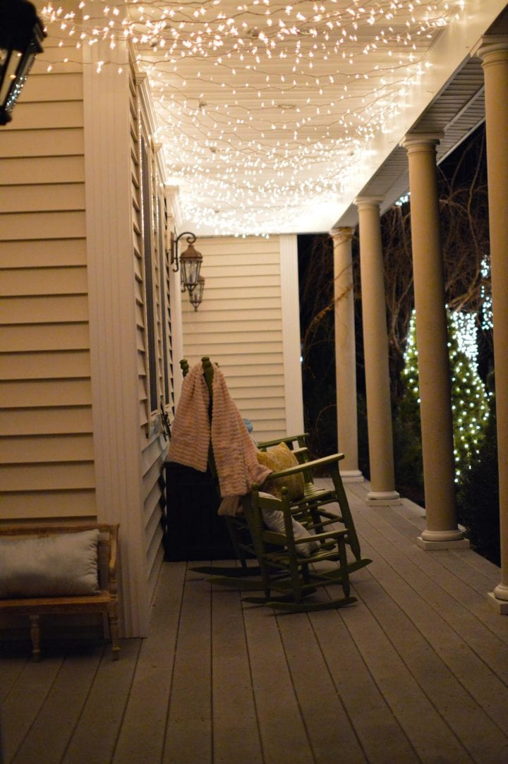 Gorgeous Twinking Holiday Porch Lights Tutorial