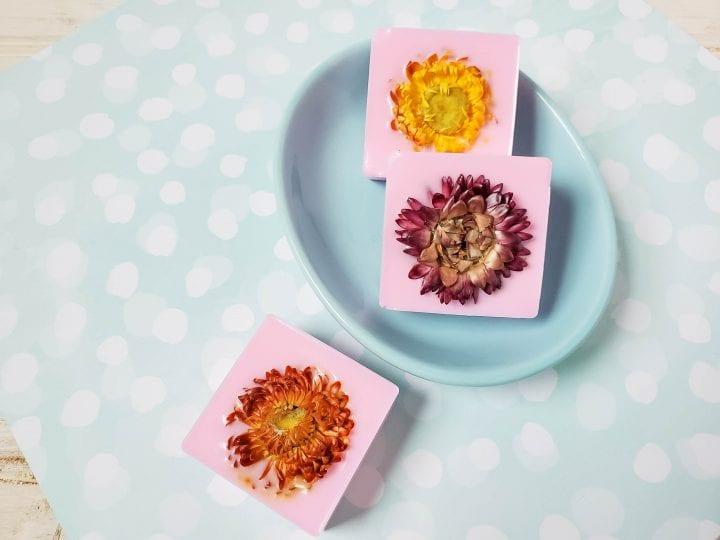 DIY Dried Flower Violet Goat Milk Soap