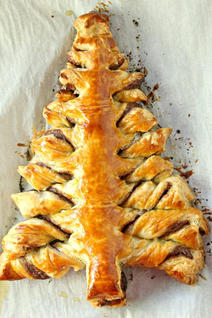 Nutella Puff Pastry Christmas Tree