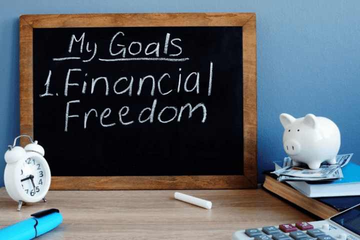 7 Ways to Make 2020 the Year to Take Control of My Finances My Goals Financial Freedom