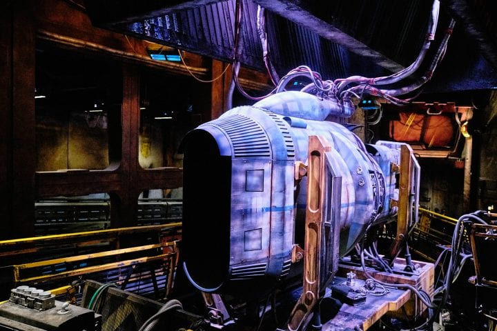 Disney's Star Wars Galaxy's Edge : An Evening on Batuu - Engine Being Tested