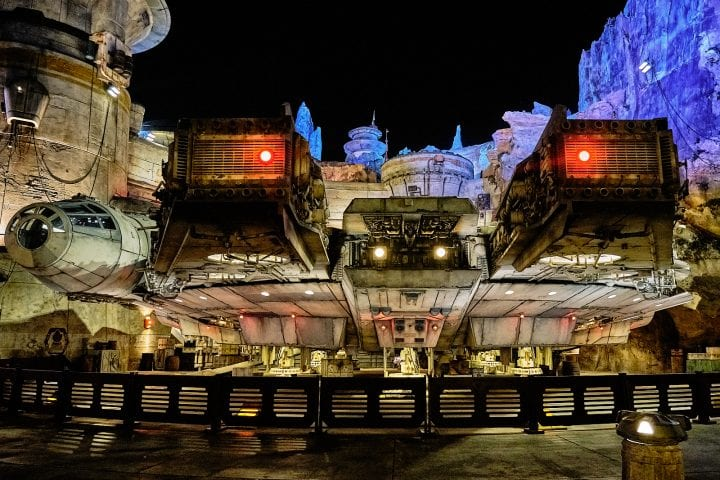 Disney's Star Wars Galaxy's Edge : An Evening on Batuu - Millennium Falcon Front