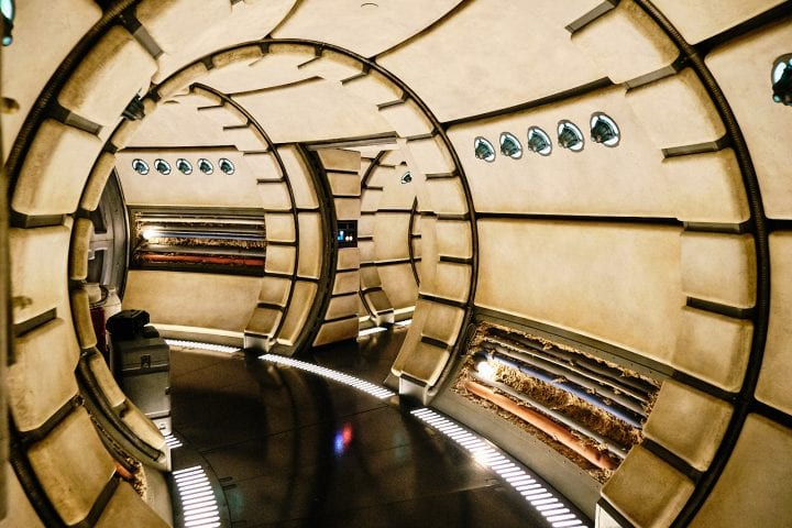 Disney's Star Wars Galaxy's Edge : An Evening on Batuu - Millennium Falcon Interior