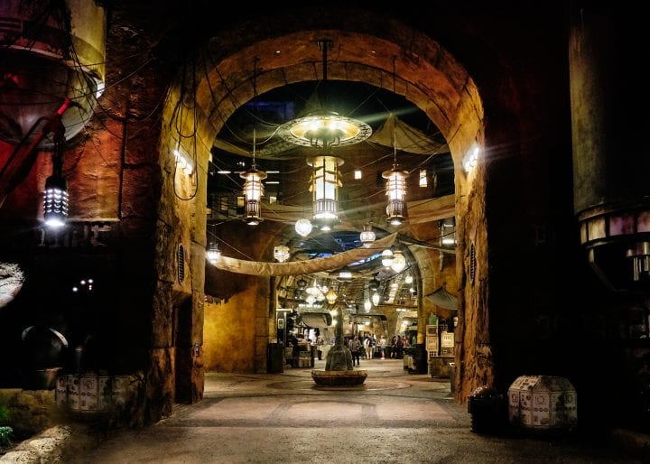 Disney's Star Wars Galaxy's Edge : An Evening on Batuu - Black Spire Outpost Market Entrance