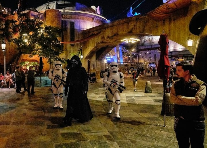Disney's Star Wars Galaxy's Edge : An Evening on Batuu - Kylo Ren Walking Through Black Spire Outpost