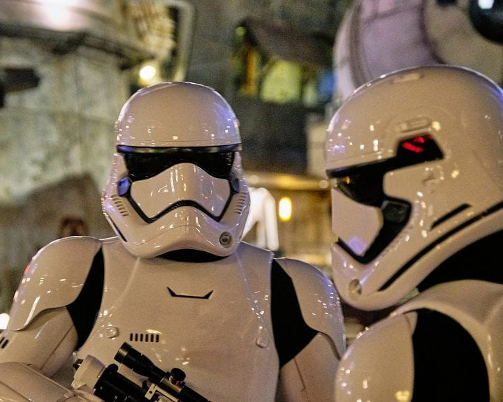 Disney's Star Wars Galaxy's Edge : An Evening on Batuu - Stormtroopers on the prowl