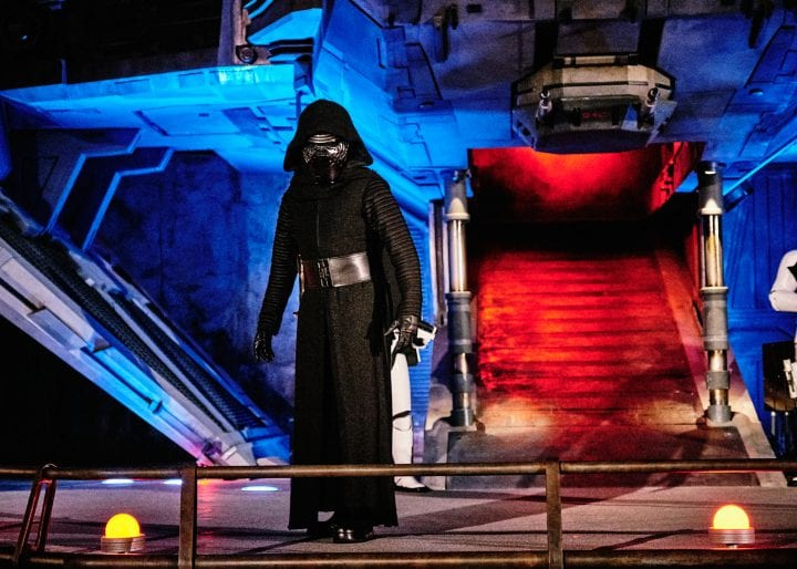 Disney's Star Wars Galaxy's Edge : An Evening on Batuu - Kylo Ren