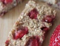 Banana Strawberry Granola Bar Recipe