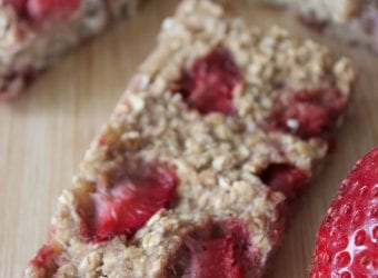 Banana Strawberry Granola Bar Recipe