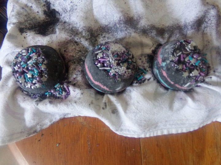 DIY Black Galaxy Bath Bomb Recipe intergalactic bath bomb
