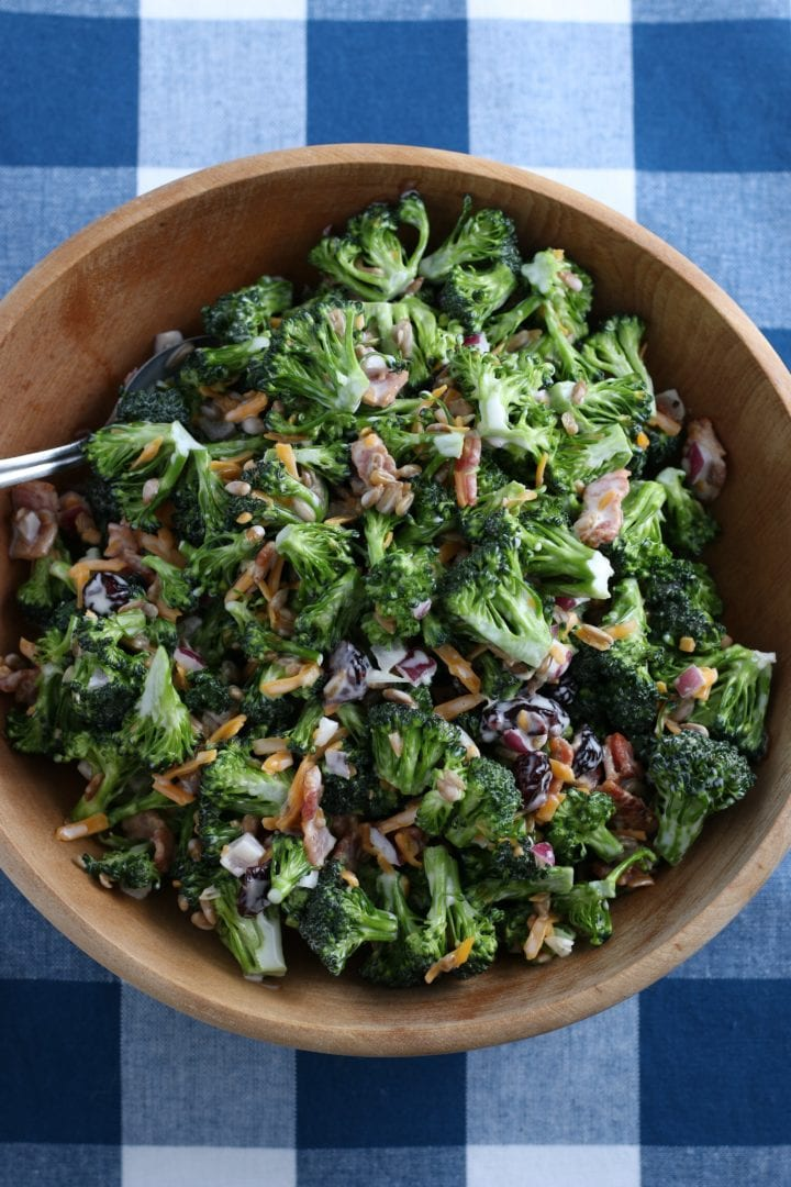 Easy Broccoli Salad with Bacon and Cheddar