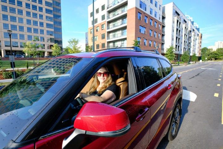 2020 Toyota Highlander Hybrid Platinum - Driver