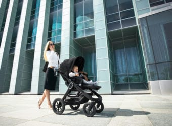Fashion Tips for Working Moms on a Budget